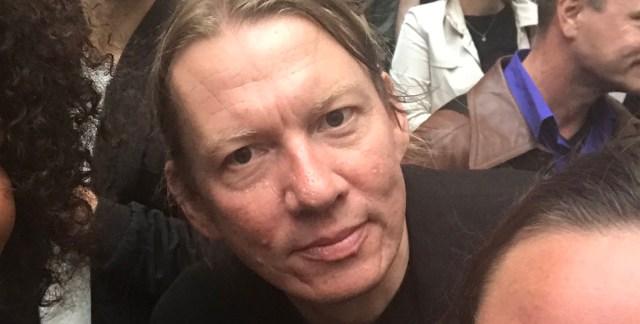 Soome roheliste endine peasekretär rööviti Brüsselis paljaks ja peksti läbi