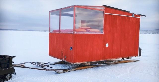Soome mees mõtles välja liikuva jääsuvila, mis elatab ära nii tema, naise kui veel ühe töötaja