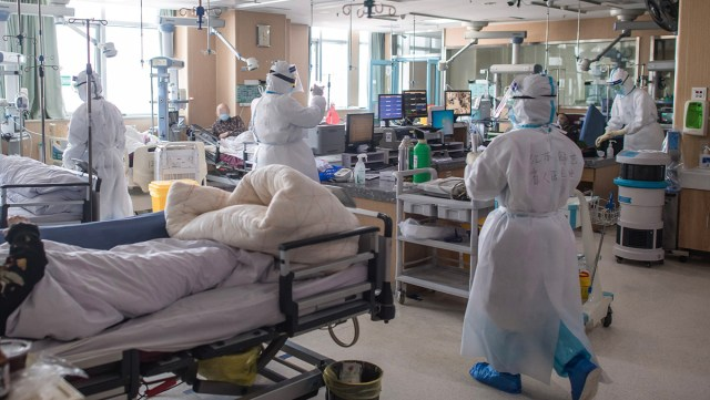 Koledad numbrid: intensiivis surevad pooled koroonaviiruse patsiendid