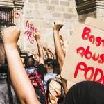 VIDEO: Mehhikos süüdati meeleavalduste käigus politseinik põlema (NB! Nõrganärvilistele mittesoovitav)