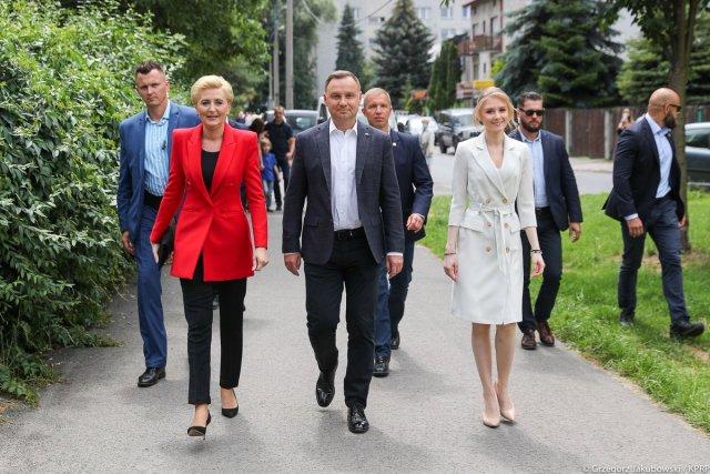 Poolas valiti teiseks ametiajaks tagasi parempoolne president Andrzej Duda