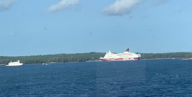 Viking Line'i juht Amorella õnnetuse kohta: laev eksis kursilt ja sõitis vastu meremärki