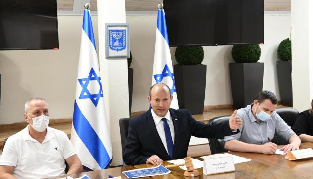 KUUM: Iisraelis on aru saadud, et vaktsiinid pole koroona vastu lahendus, minnakse massilise testimise peale