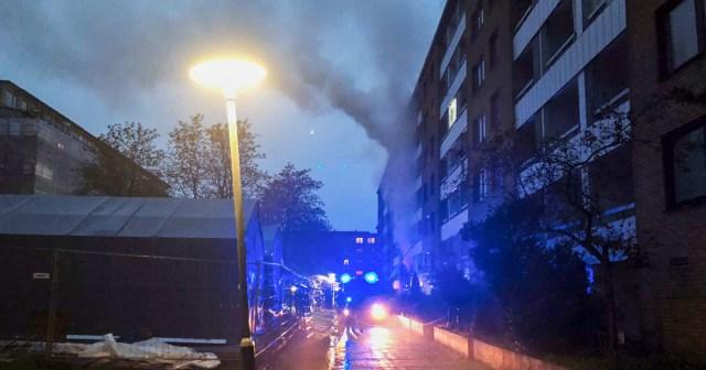 KUUM: Göteborgis oli korrusmajas võimas plahvatus, kümned inimesed vigastatud, sajad evakueeritud