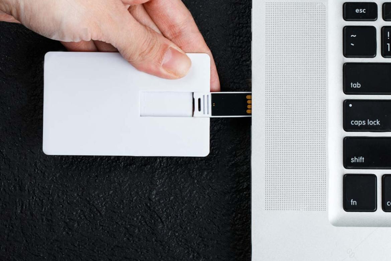 質感卡片型隨身碟