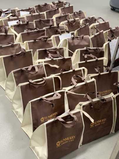 【外帶提袋/外送袋子/環保購物袋】客製,推薦三款客製化袋子方便客人來店取貨。客製化提袋/提袋印刷