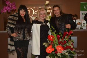 Gifted Spiritual Coach, World Teacher, Inspirational Author, and Celebrated Beauty-Health and Nutritional Expert, Dawn Christie with a guest and her husband. Photo courtesy of Gennadiy Kotlyarchuk.