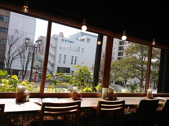 土佐茶カフェの店内