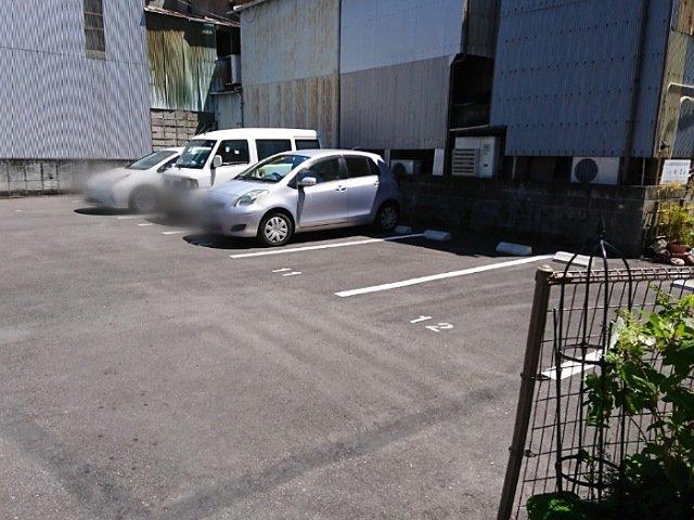 スイートタイムの駐車場