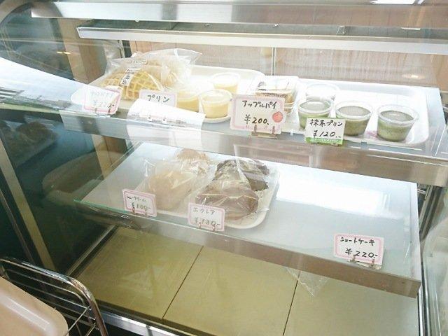 ヤマテパン工場店:プリンやケーキの種類