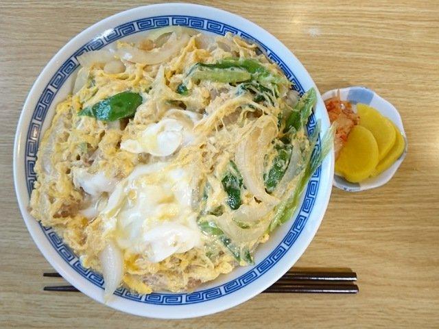くろちゃん食堂:デカ盛りカツ丼