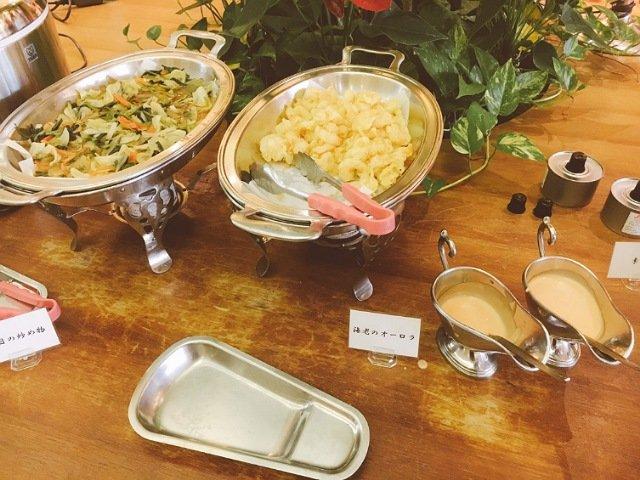高知会館のランチバイキングの料理の種類