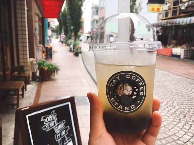 高知市帯屋町のTAY COFFEE STAND(タイコーヒースタンド)のタピオカドリンク