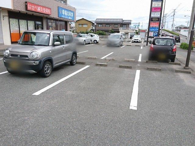ゆきんこ ベーカリーカフェ:駐車場