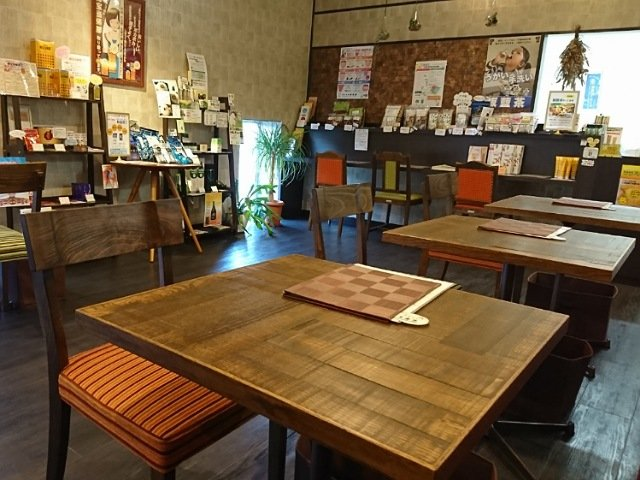 漢方茶房季然堂:店内