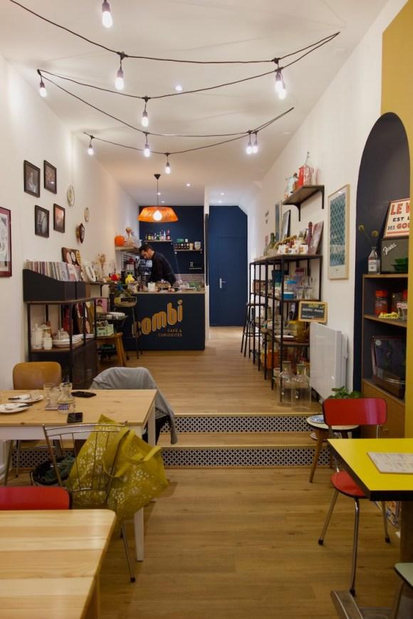 intérieur du coffee shop combi cafe