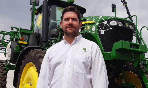 John Deere strengthens the relationship with its customers in times of pandemic and adds more innovations on technology