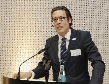 Prof. Dr. Frank Dievernich