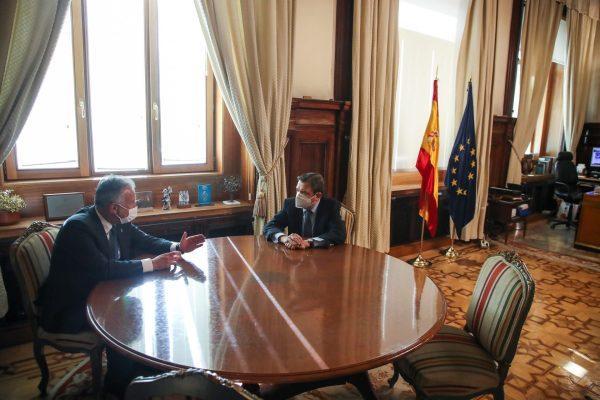 El presidente de Canarias se reúne con el ministro de Agricultura, Pesca y Alimentación