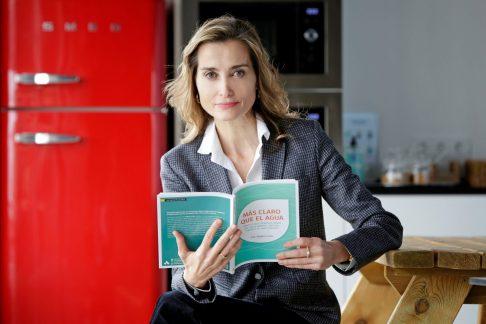 """La doctora y divulgadora médica Magda Carlas, autora del libro """"Más claro que el agua"""" (Amat). CEDIDA / SOLO USO EDITORIAL"""