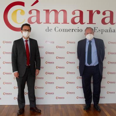 MADRID 22/06/202.1 Gira Europea de la Cámara de Comercio de Bogotá. En la foto, de izquierda a derecha, el presidente de la Cámara de Comercio de Bogotá, Nicolás Uribe y el presidente de la Cámara de Comercio de España, José Luis Bonet. EFE/Javier Liaño