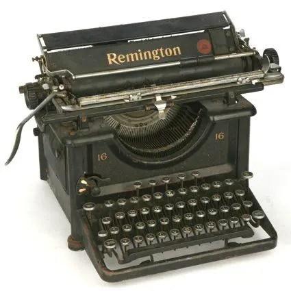 Máquina de escribir Remintong. Mecanografía.