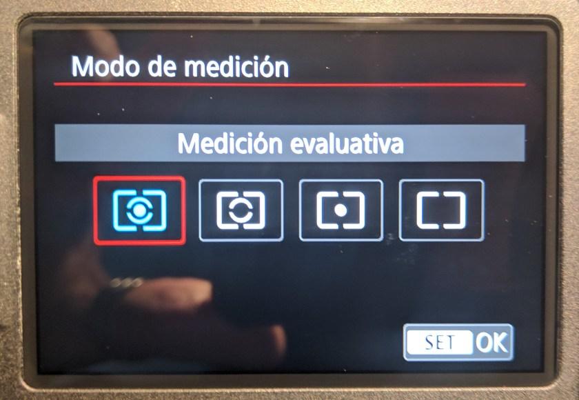 Modos de medición en la pantalla de una Canon EOS 750D
