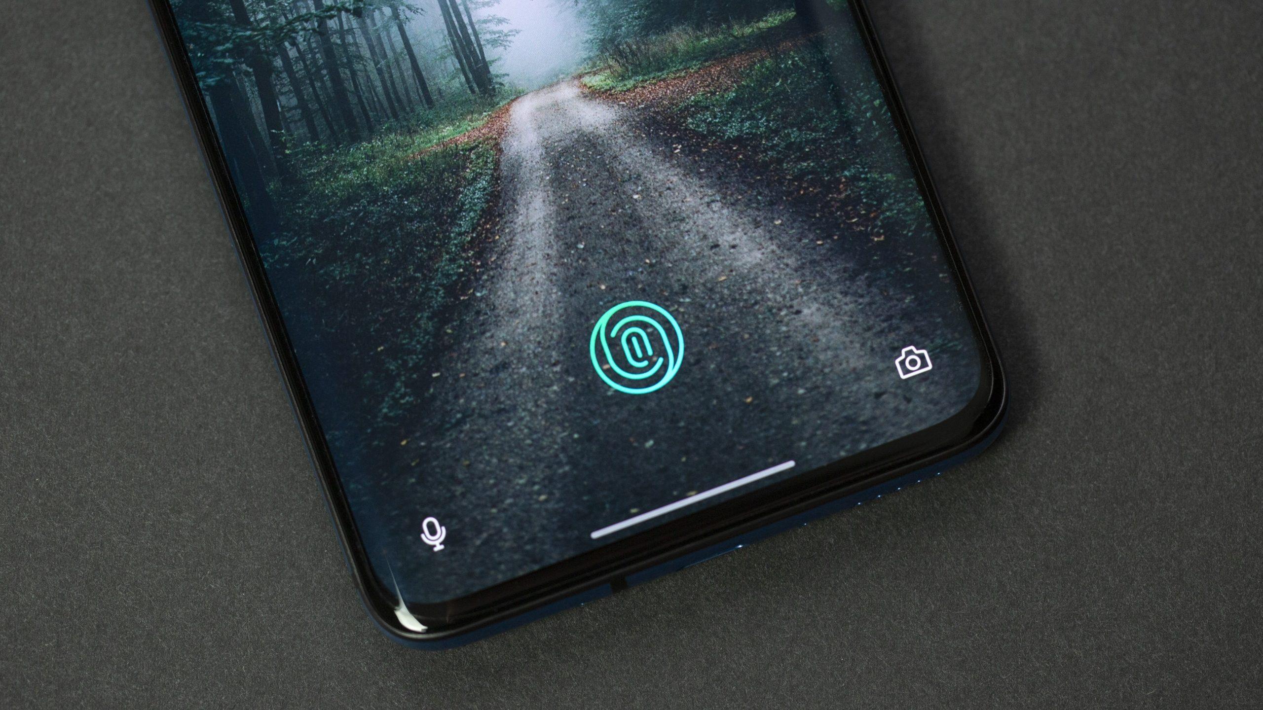 OnePlus 7T – On screen fingerprint reader