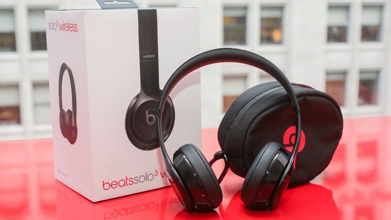 Beats Solo3 Wireless un design on-ear stabile con un'eccellente durata della batteria