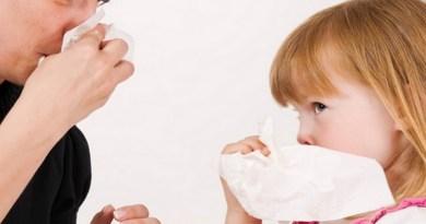 fouiller dans son nez, ne pas grater le nez, maladies du nez, microbes dans le nez, bactéries dans le nez