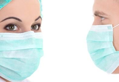 Combien de temps le coronavirus résiste-t-il sur un masque facial?