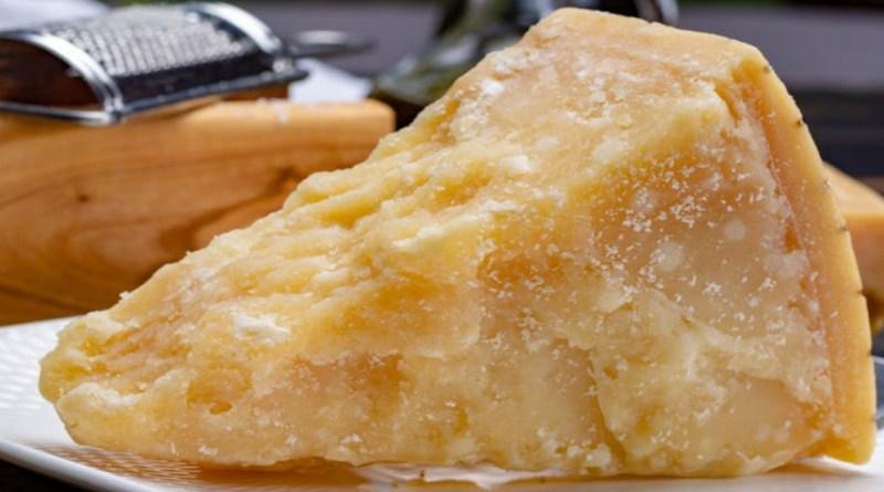 Le parmesan est le type de fromage le plus sain. Voilà pourquoi