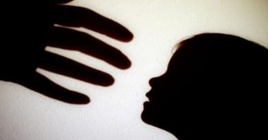 Éducation, relation enfant-parent, relation entre enfant et parent, la violence en famille