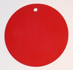 red tag/decoration