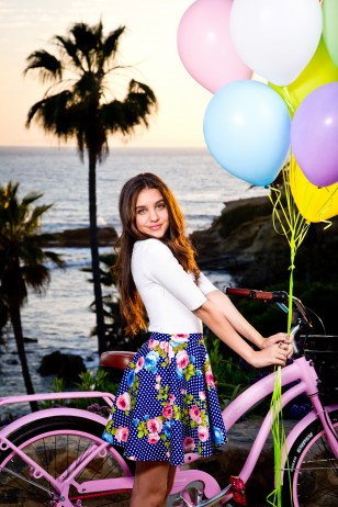 EffieMagazine.com, Lilimar Hernandez, Bella and The Bulldogs, Nickelodeon