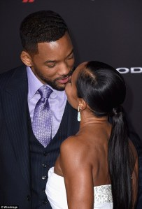 Will Smith And Jada Pinkett Share A Kiss