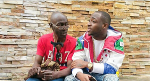 Davido Shares his thoughts on the Homeless Man he met (Photo)