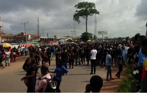 UNIBEN students protest colleagues' death, block Lagos-Benin highway (Photo)
