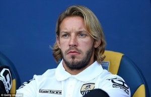 Footballer Alan Smith's 4 months marriage crashes, after wife caught him cheating (Photos)