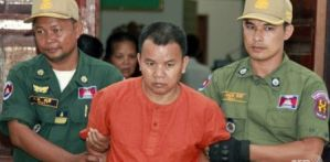Cambodian doctor sentenced 25 years for infecting over 200 patients with HIV virus (Photo)