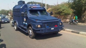 , N5m falls off moving bullion van in Lagos, Effiezy - Top Nigerian News & Entertainment Website