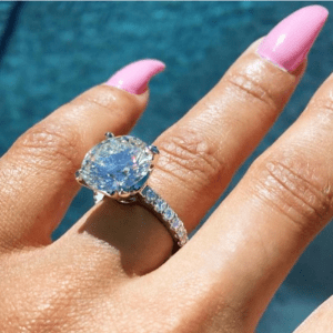 Blac Chyna shows off her beautiful engagement ring from Rob Kardashian (Photos + Video)