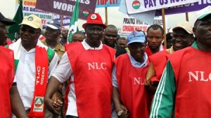 NLC protest against bad companies in Lagos turns violent, blows exchanged (video)
