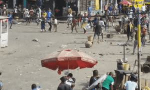 Cultists fight in Lagos, thugs machete man to death (Graphic Photos + Video)