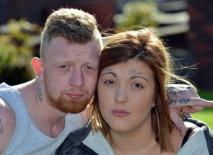 Omg! See how woman tattoos boyfriend's name on her forehead (Photos)
