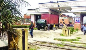 Customs officers, soldiers clash in Lagos