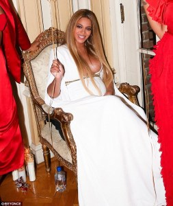 Beyonce flaunts massive boobs at her post-grammy party