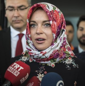 I was in shock-Lindsay Lohan after being asked to take off her head scarf