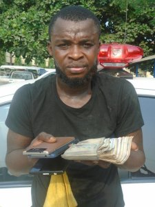 One-chance theif arrested in Lagos after stealing money and phone
