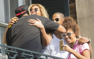 No bad blood between Jay Z and Solange as they hug